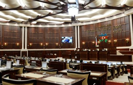 Milli Məclisin iclasında 2018-ci ilin dövlət büdcəsi təsdiqlənib