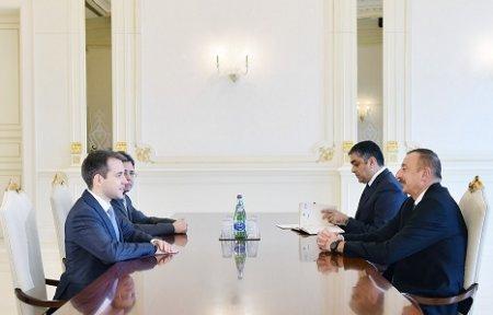 Prezident İlham Əliyev Rusiyanın rabitə və kütləvi informasiya nazirini qəbul edib