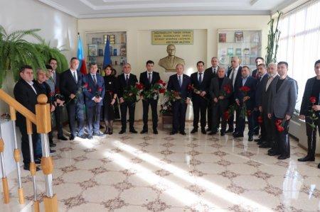 Ulu öndər Heydər Əliyevin xatirəsi anılıb -  Moldovada