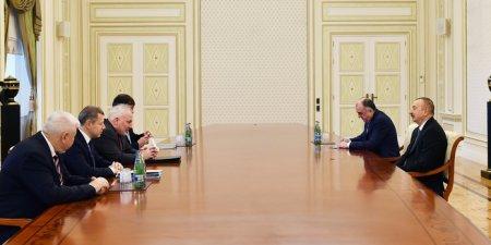 Prezident İlham Əliyev ATƏT-in Minsk qrupunun həmsədrlərini qəbul edib