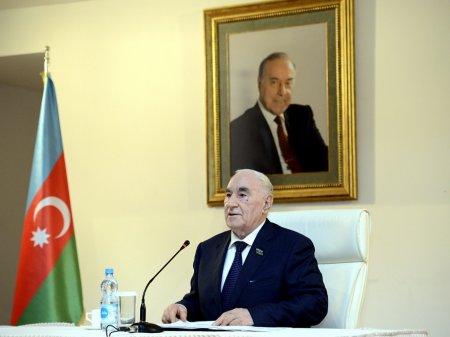 Fəttah Heydərov yenidən Azərbaycan Ağsaqqallar Şurasının sədri seçilib
