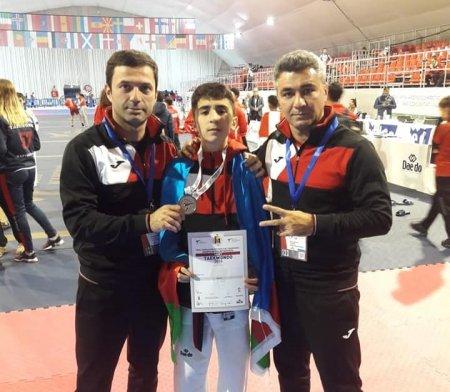 Masallı taekvondoçusu qitə birinciliyinin gümüş medalını qazandı