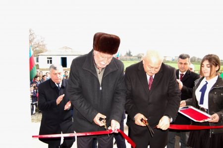 Masallının Təkdam və Xallıcalı kəndlərində yeni məktəb binaları istifadəyə verildi
