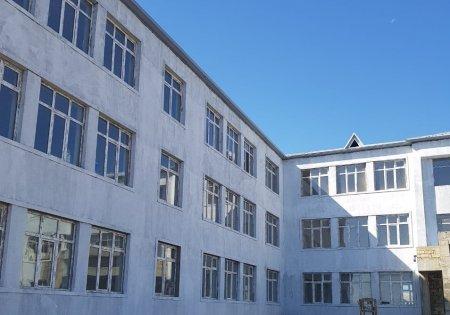 Boradigah qəsəbəsində yeni məktəb binasında işlər davam etdirilir