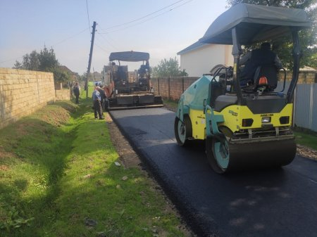 Masallının Miyankü kəndində yollar asfaltlanır